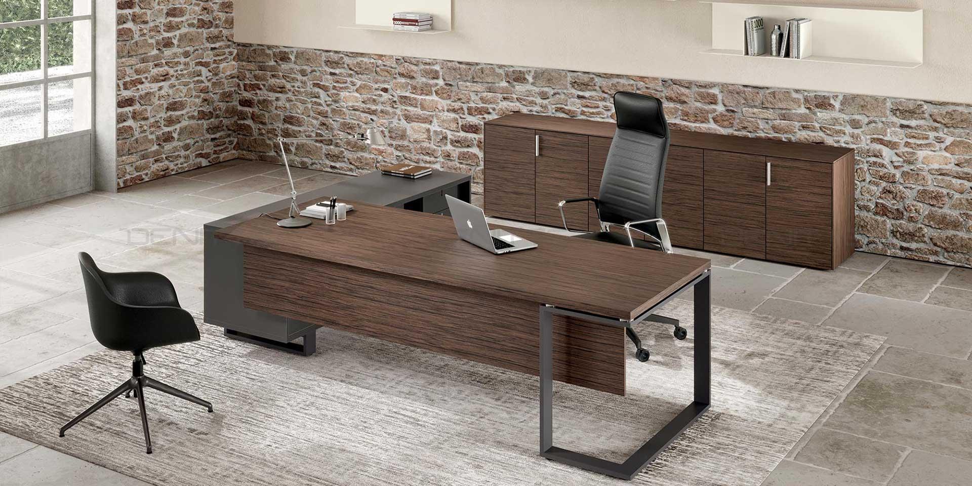 میز مدیریت وینی