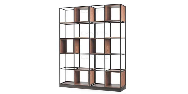 قفسه فلزی